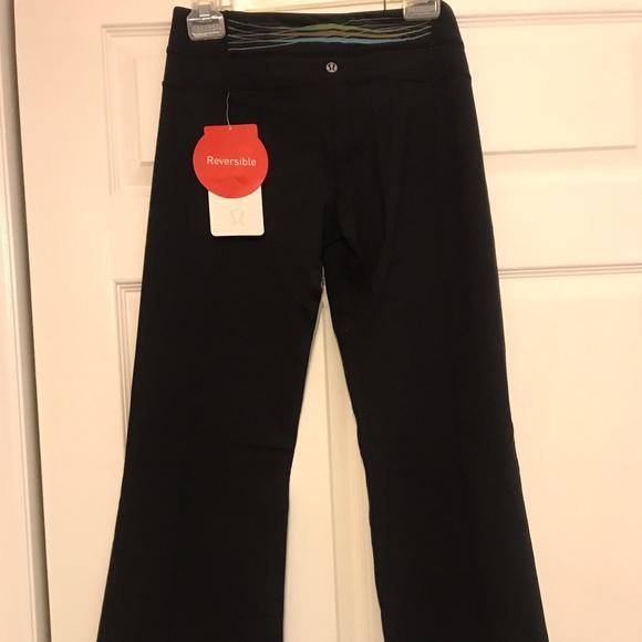 2b85184b3 Brand new reversible LULULEMON flared yoga pants